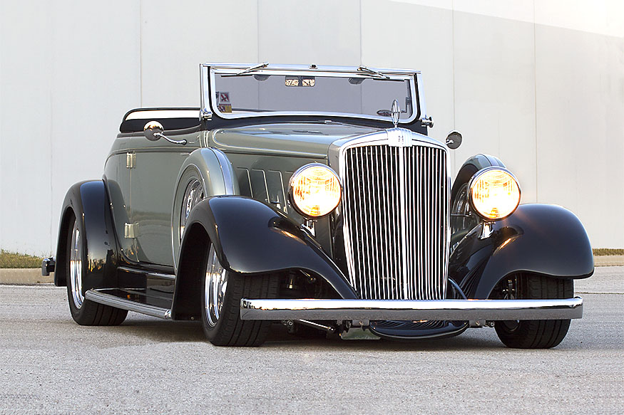 Donna Downs' 1934 Cabriolet low front 3/4
