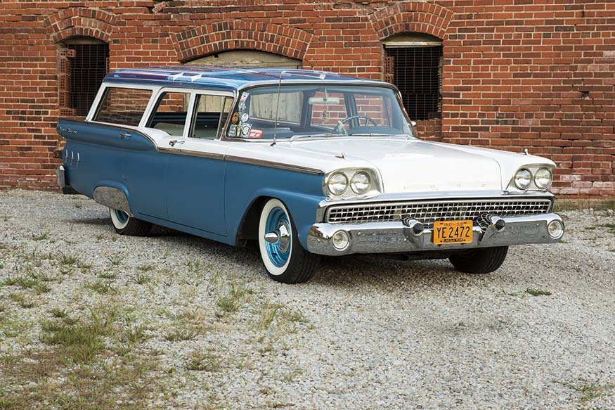 Sara Barnard's 1959 Ford Ranch Wagon Front 3/4